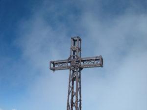 Croce sulla cima del Monviso