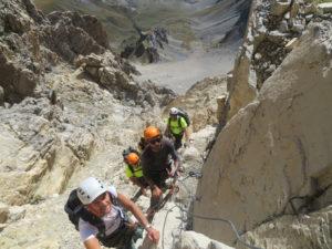 Salendo sulla Via attrezzata degli alpini al Monte Oronaye